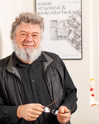 K. Hartmut Land, PhD