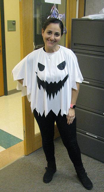 Maria Lazaro-Pena, as a Ghost
