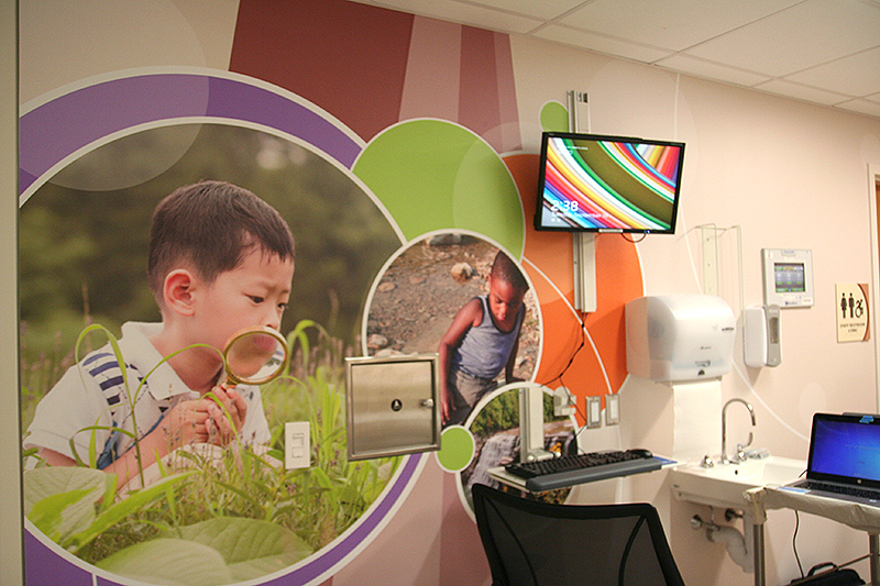 Workstation - Child friendly graphic details
