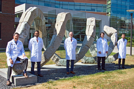 Chief Residents With Dr. Linehan Outside of Saunders Research Building