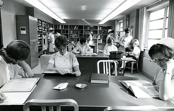 Nursing students in library 1960s