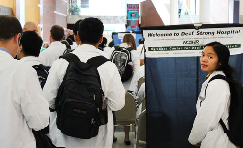 DSH 2015 - photo of sign and attendee queue