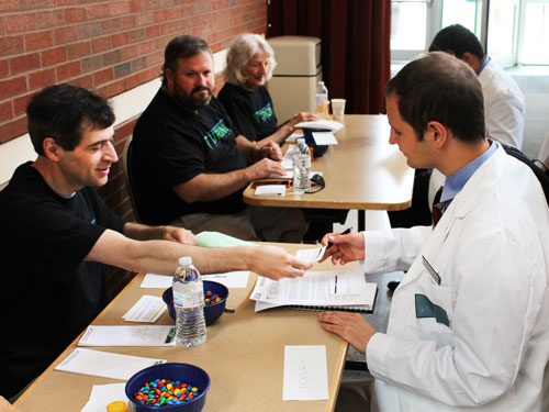 DSH 2015 - photo of discussions at tables