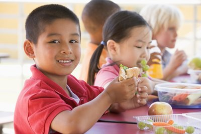 Involve Kids in Healthy Lunches