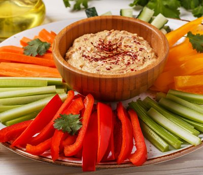 hummus dip with fresh vegetables
